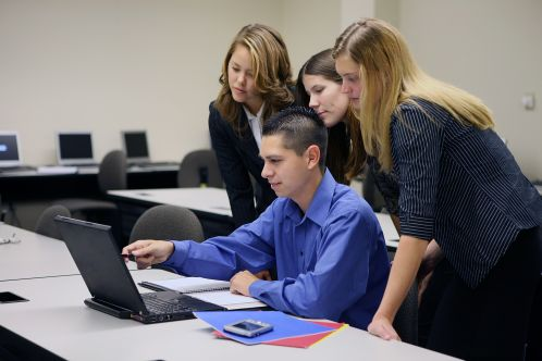 rp_studenci-rynek-pracy.jpg