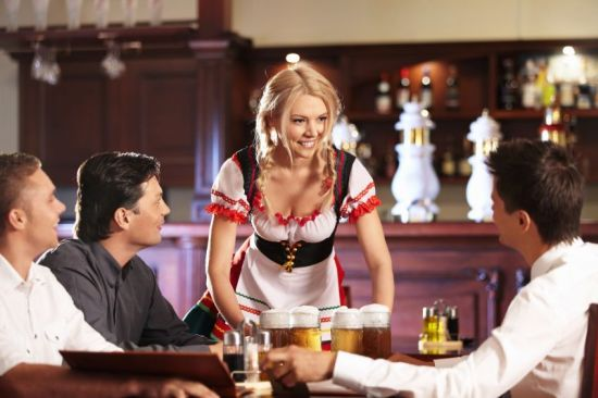 rp_blond-kelnerka.jpg