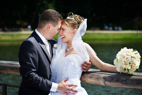 Czy Zapraszać Współpracowników Na ślub I Wesele Infopraca
